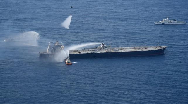Sri Lankada petrol tankerinde çıkan yangın kontrol altına alındı