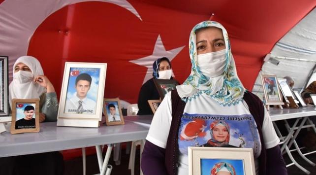 Diyarbakır annesi: Kızım neredeysen Allah rızası için sesini duyur