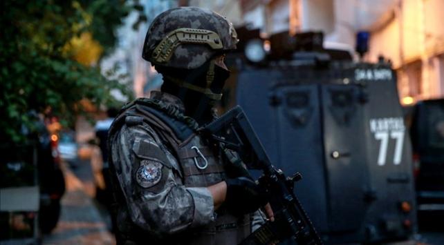 İstanbulda 6 ilçede zehir tacirlerine operasyon
