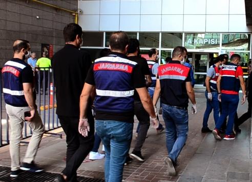 Mersindeki rüşvet operasyonunda 3 kişi tutuklandı