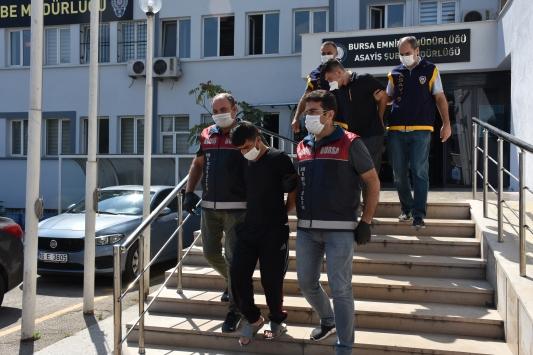 Bursada çok sayıda hırsızlıktan aranan 2 şüpheli yakalandı