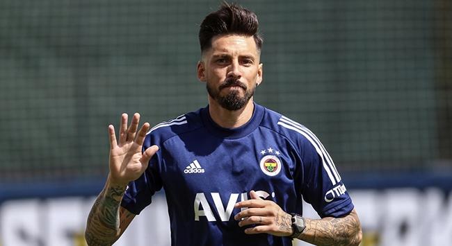 Jose Sosa: Fenerbahçe beni çok istedi