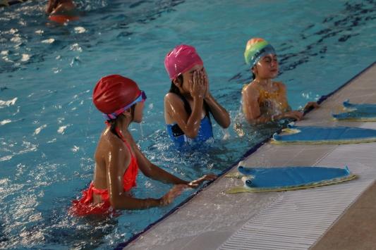 Siirtte yarı olimpik yüzme havuzu açıldı