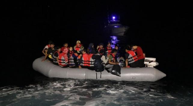 Çanakkale açıklarında mahsur kalan 39 sığınmacı kurtarıldı