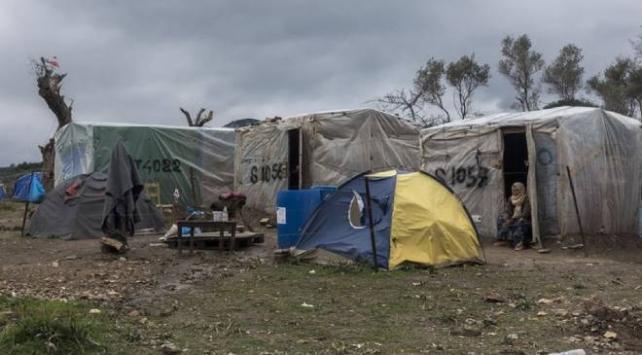 Yunanistanın Midilli Adasındaki sığınmacı kampında yangın çıktı