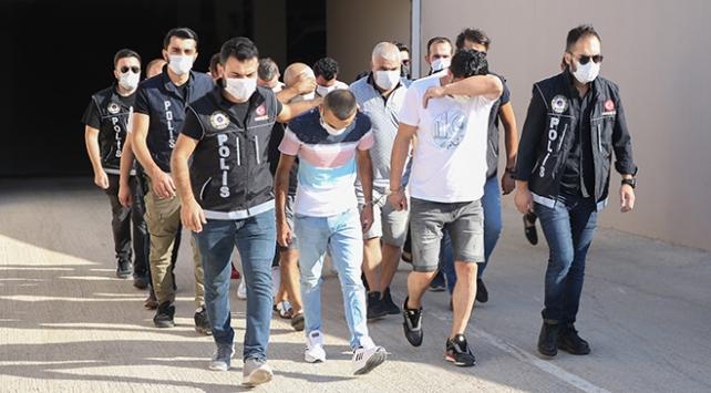 Salça kovalarıyla uyuşturucu sevkıyatı: 5 tutuklama