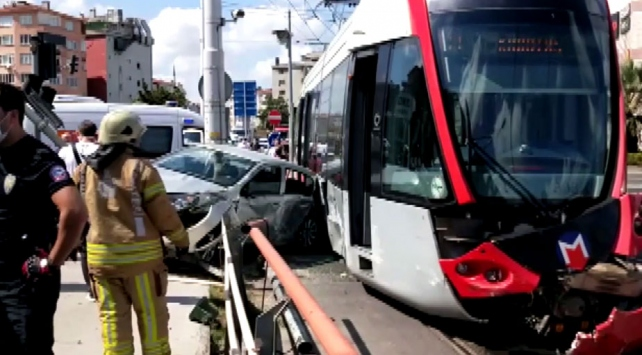 İstanbulda tramvay kazası: 1 yaralı