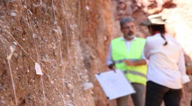 7 binden fazla sarsıntı kaydedilen fayda saha çalışması başlatıldı