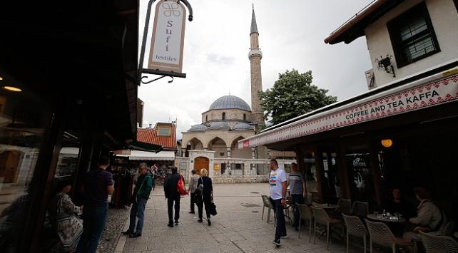 Bosna Hersek salgın nedeniyle mart ayında kapattığı sınırlarını açtı