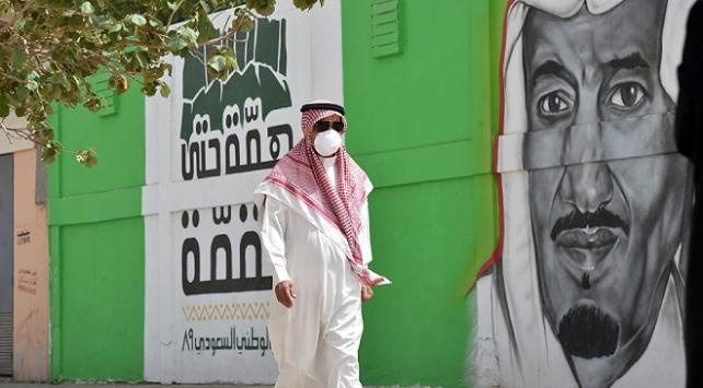 Suudi Arabistanda 24 kişi daha koronavirüsten öldü