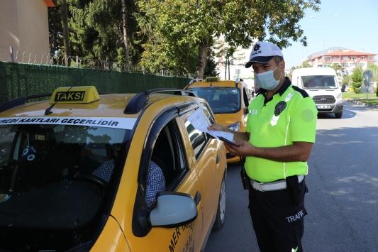 Boluda taksiler ve toplu taşıma araçlarına yönelik koronavirüs denetimi yapıldı