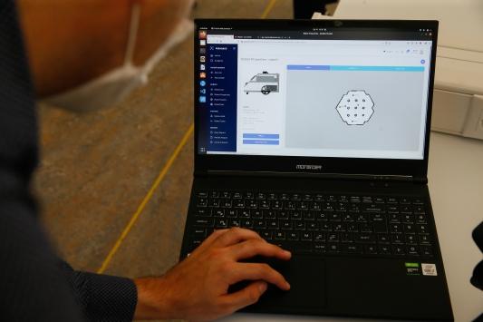 İEÜde kendi rotasını belirleyen otonom robot geliştirildi