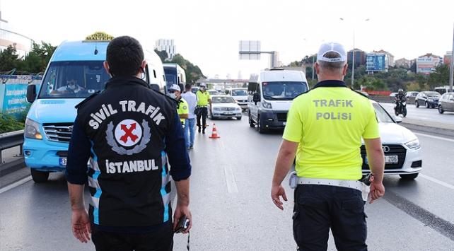 İstanbulda Covid-19 denetimlerinde 7 bin kişiye yasal işlem