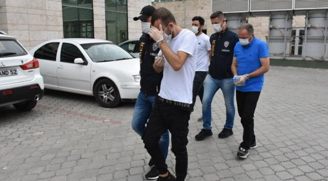 ATMlere düzenek kuran baba ile oğlu yakalandı