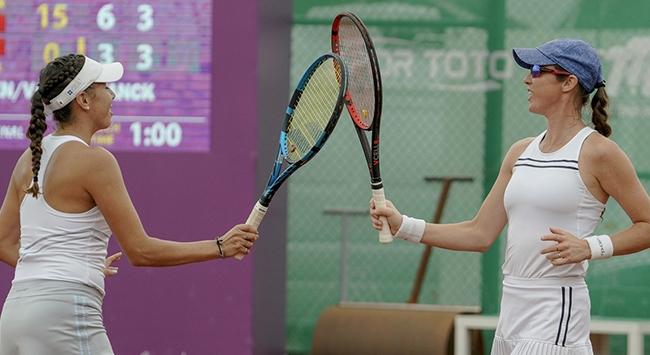 Eugenie Bouchard İstanbulda yarı finale yükseldi