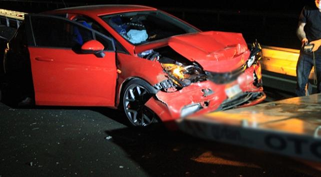 Elazığda 3 araç birbirine girdi: 7 yaralı
