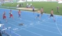 Son anda yarışa dahil oldu, sporcuları ve izleyenleri şaşırttı