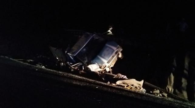 Şanlıurfada kamyonet şarampole devrildi: 7 yaralı