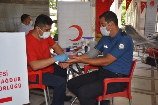 Adanada kan bağışı kampanyası