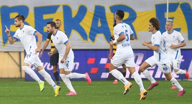 Süper Ligin yeni takımlarından 3te 3