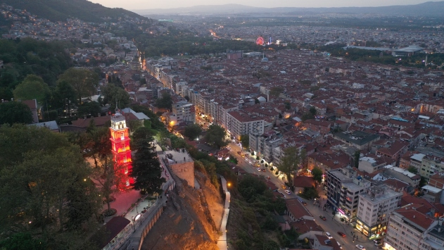 """Osmanlı payitahtı Bursanın """"Tarih Adası"""" şekillenmeye başladı"""