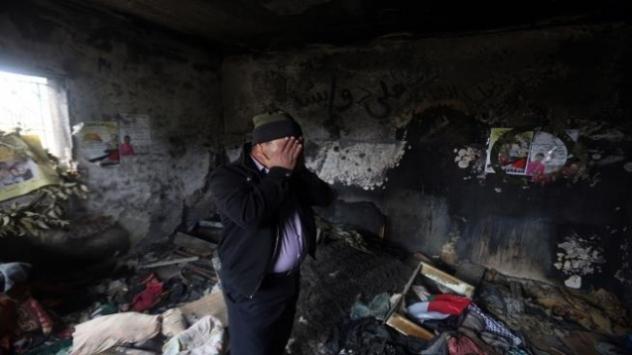 Netanyahunun oğlundan Filistinli aileyi katleden fanatik Yahudiye destek