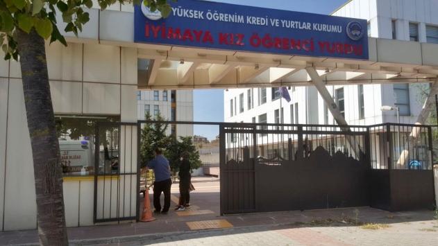 İstanbulda karantina kuralını ihlal edenler yurtlara yerleştiriliyor