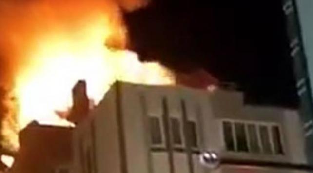 Balıkesirde çatı yangını
