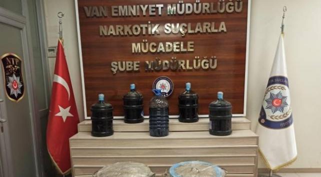 İkiye bölünmüş yakıt deposunda 310 kilo uyuşturucu ele geçirildi