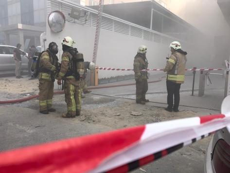 Beylikdüzünde sanayi sitesindeki bir iş yerinde yangın çıktı