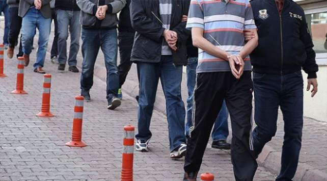FETÖnün TSK yapılanmasına operasyon: 132 gözaltı kararı