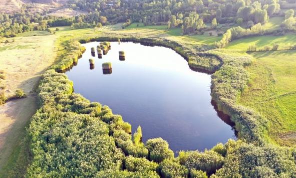 Iğdırda bulunan doğa harikası Üçkaya gölü