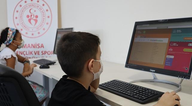 345 Gençlik Merkezinde EBA eğitim seferberliği başlatıldı
