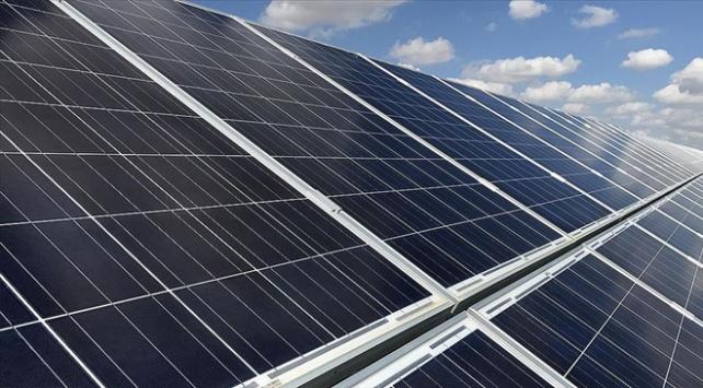İlk yerli güneş panelleri Karapınara gönderildi