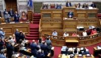 Yunanistan'ın askeri harcamalarına ülke siyasetinden itiraz sesleri yükseliyor