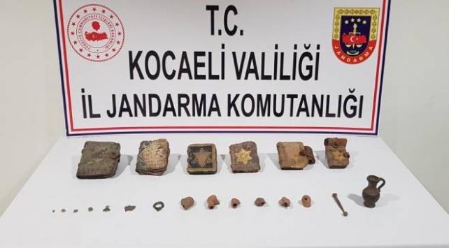 Kocaelide tarihi eser kaçakçılığı operasyonu: 5 gözaltı