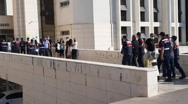 Yaşlı kadını 350 bin lira dolandıran şüpheliler yakalandı