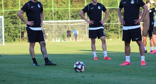 Sakaryasporda 3 futbolcunun COVID-19 testi pozitif çıktı