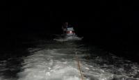 İstanbul açıklarında sürüklenen tekne kurtarıldı