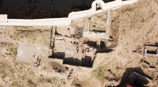 Bitlis Kalesinde Bizans ve Osmanlıya ait bulgular bulundu