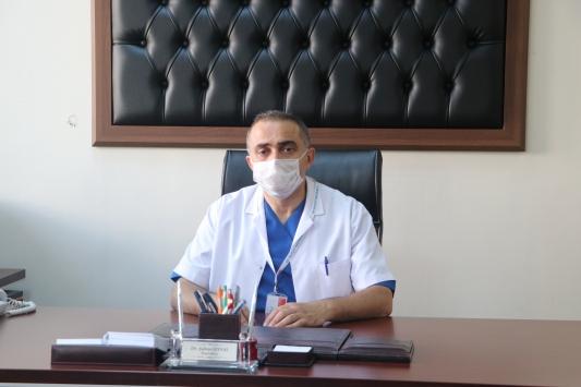 Koronavirüsü yenen Of Devlet Hastanesi Başhekimi Uysal, görevinin başına döndü
