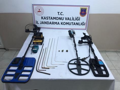 Kastamonuda izinsiz kazı yapan 6 kişi gözaltına alındı