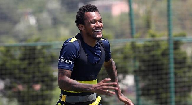 Fenerbahçe Jailsonu KAPa bildirdi