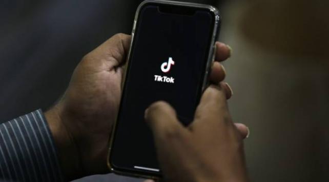 ABD, WeChat ve TikTok kullanımını yasaklıyor