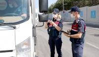 İzmir'de tedbirlere uymayanlara verilen cezalar 231 bin lirayı geçti