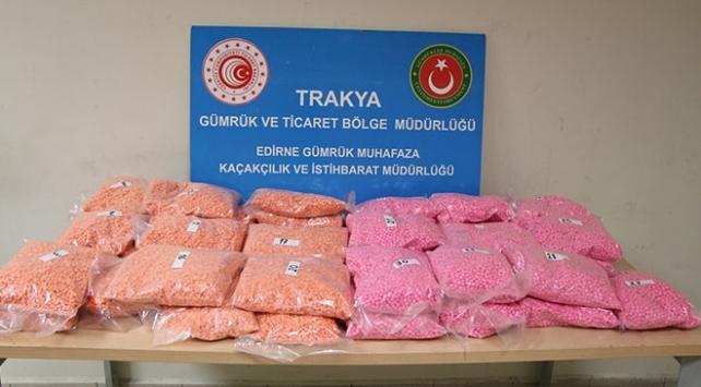 Edirnede 32 kilo uyuşturucu hap ele geçirildi