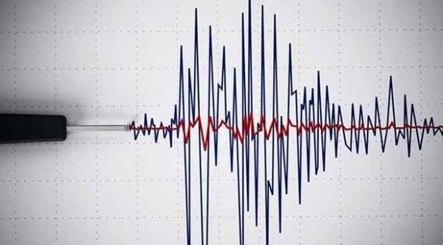 Akdenizde 5,7 büyüklüğünde deprem