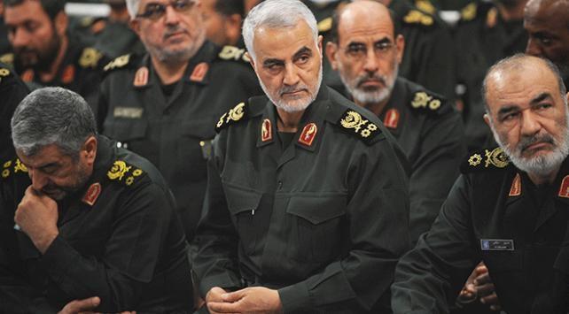 """İran Devrim Muhafızları Ordusundan, ABDye """"Kasım Süleymani"""" tehdidi"""