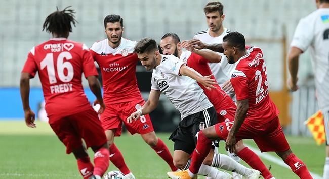 Beşiktaş ilk puanını evinde kaybetti