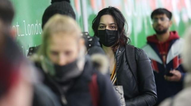 İngilterede evinde izole olmayanlara para cezası gündemde